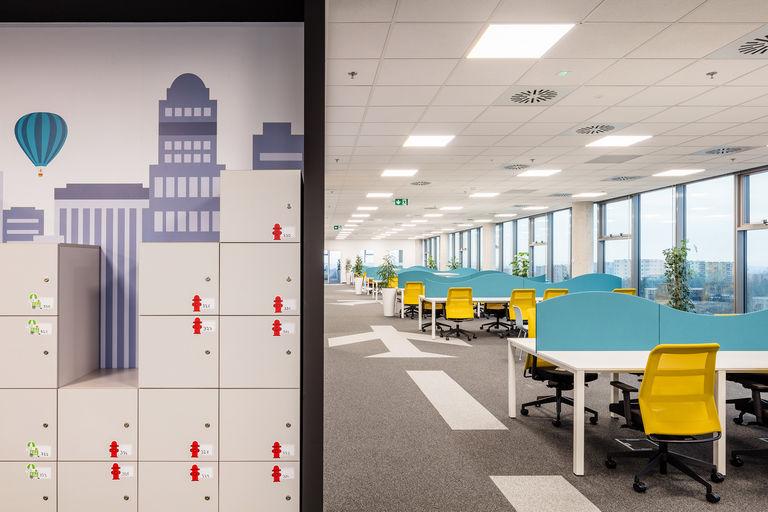 call centrum – Kanceláře KIWI.COM | Horalík Atelier