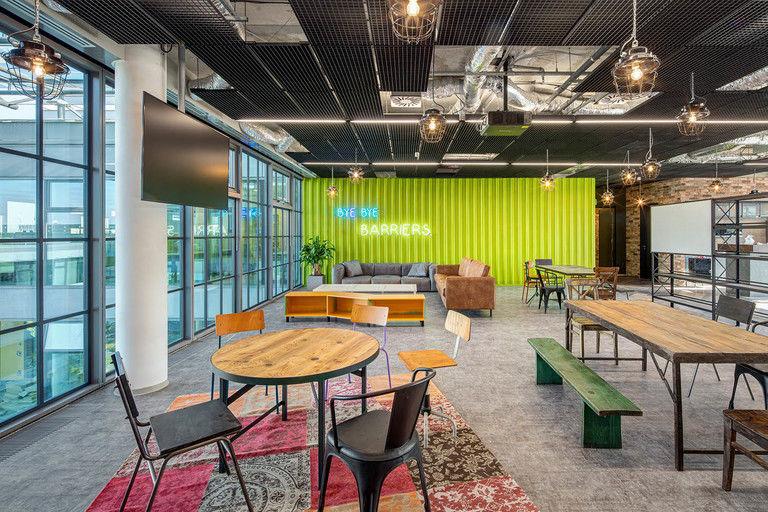 společná jídelna – Kanceláře CA Technologies | Horalík Atelier