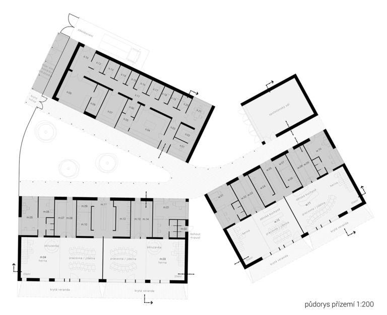 školku tvoří 4 budovy - 2 budovy samotných školek - technická budova (kuchyně, dílna, ...apod.) - společenský sál/tělocvična – mateřská škola v semilech | Horalík Atelier