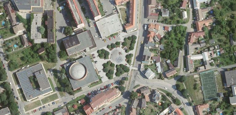 Situace - návrh – náměstí v Malenovicích   Horalík Atelier