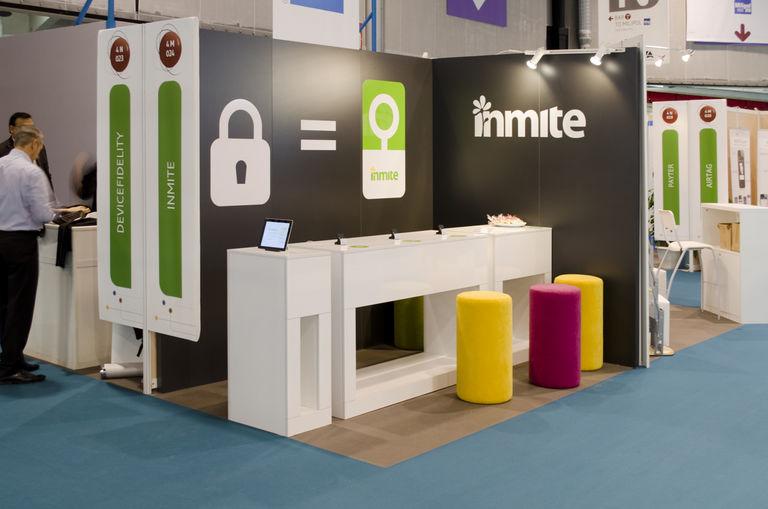 celkový pohled na stánek – výstavní stánek INMITE | Horalík Atelier