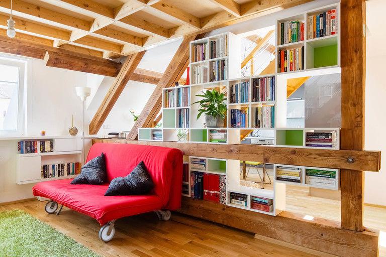 vestavěná knihovna – byt Veleslavín | Horalík Atelier