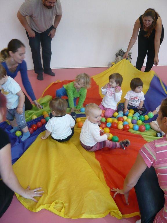 Cvičení rodičů s dětmi